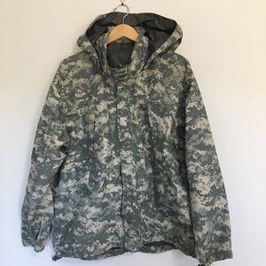 Other - Gen III Goretex Cold Weather Jacket